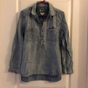 Madewell Rivet & Thread chambray shirt. Medium.
